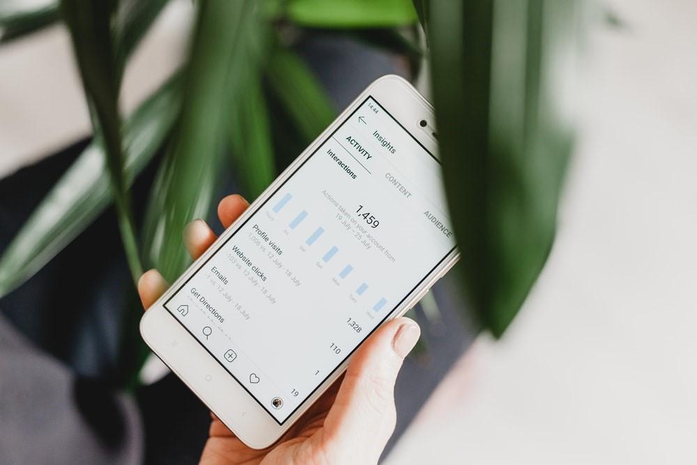 Аналитика профиля в мобильном телефоне